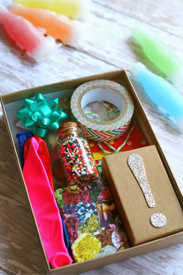 Festa na caixa personalizada