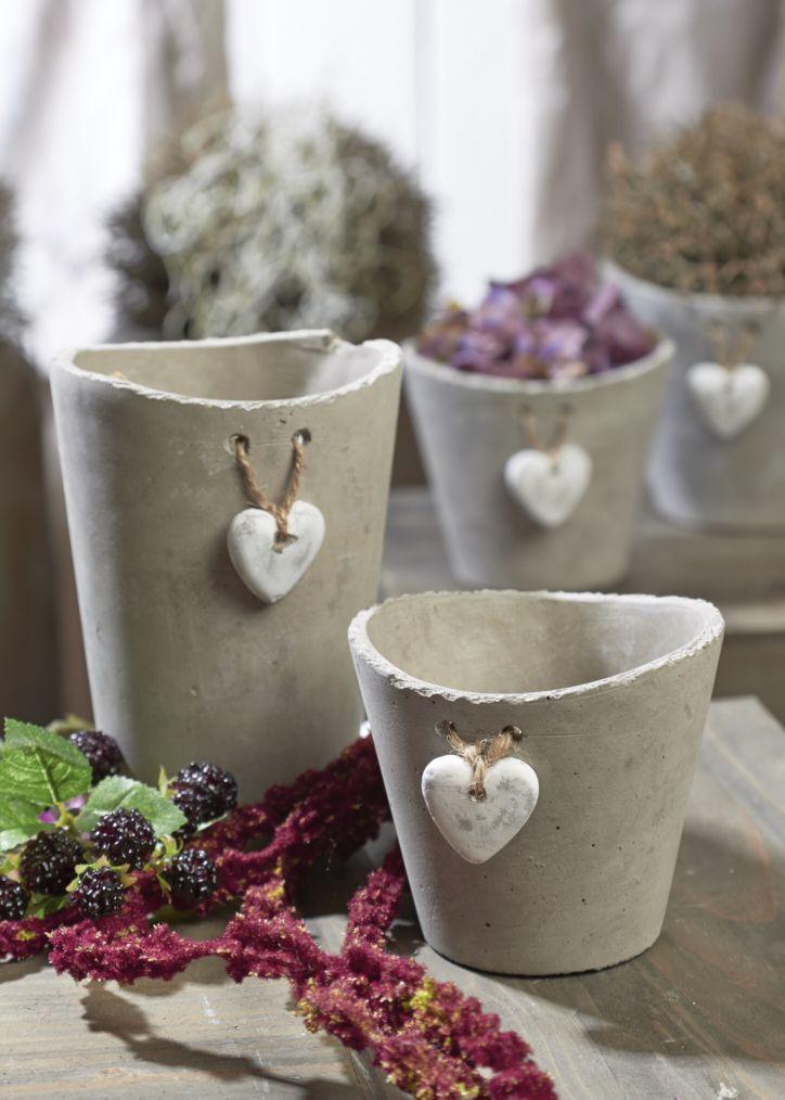 Simples detalhes que fazem a diferença na produção do vaso de cimento