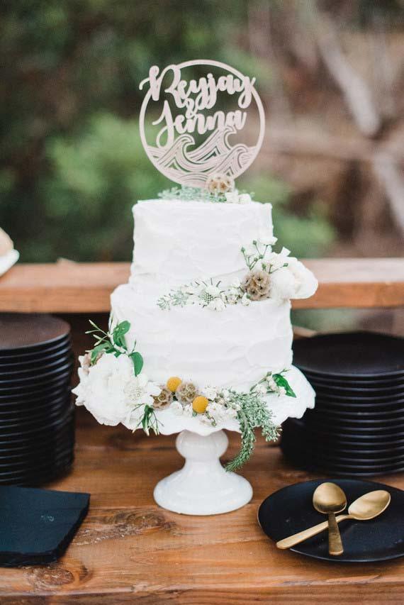 Decoração de casamento 2018 com branco preto e dourado