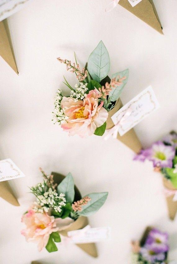 Canudinhos de flores no casamento 2018