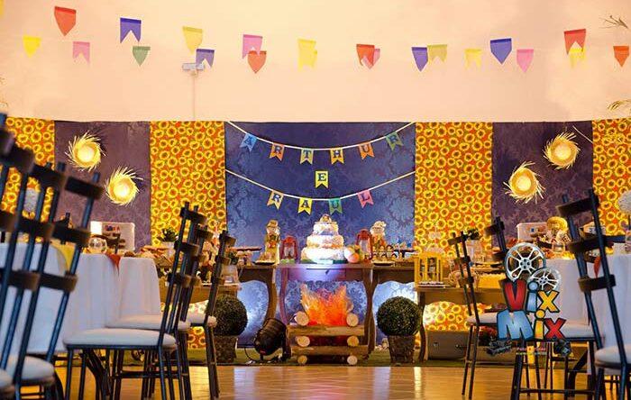 Painel de festa junina: como montar e 60 ideias criativas de painéis