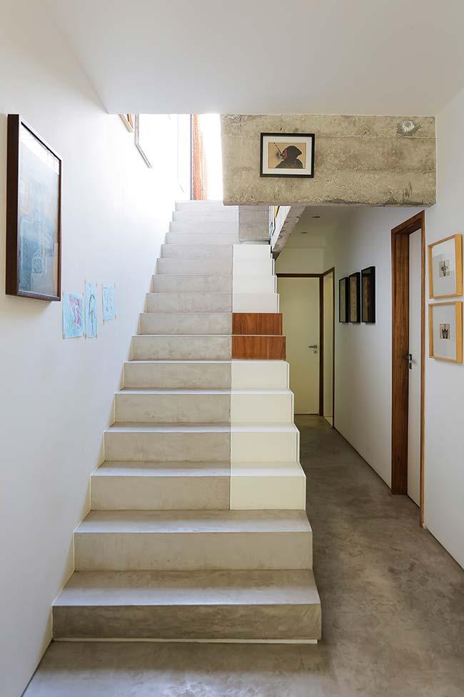 Ponto de destaque na escada de concreto