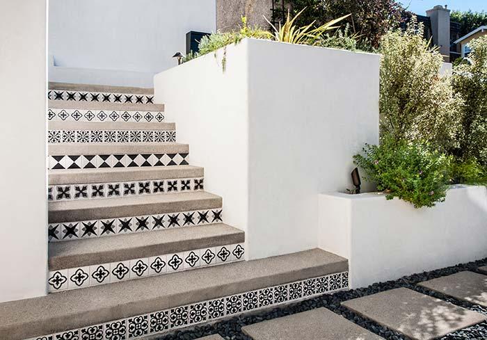Azulejos decorativos para escada de concreto