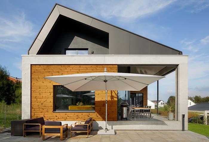 Casa de estilo moderno com telhado Salt