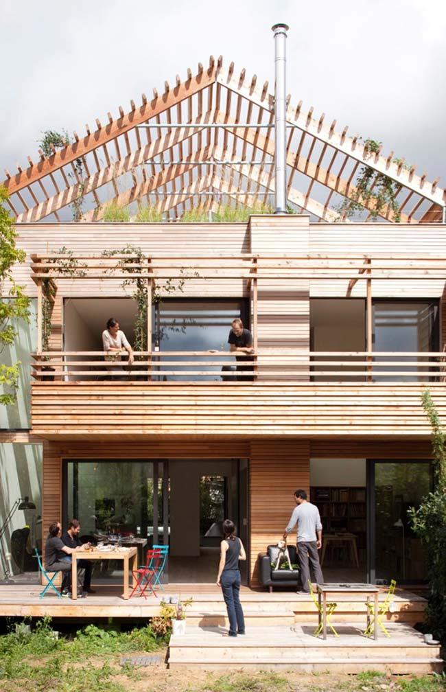 Efeito estético no telhado de madeira