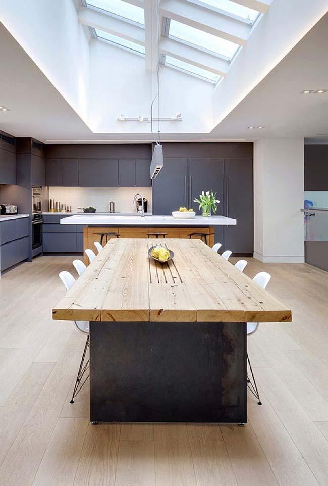 Modelo de telhado de vidro na cozinha