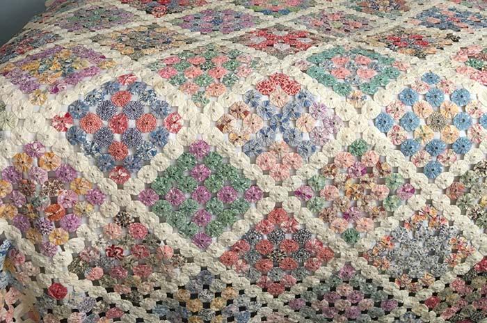 Colcha de crochê colorida