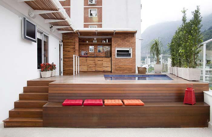 Varanda de madeira para se apaixonar