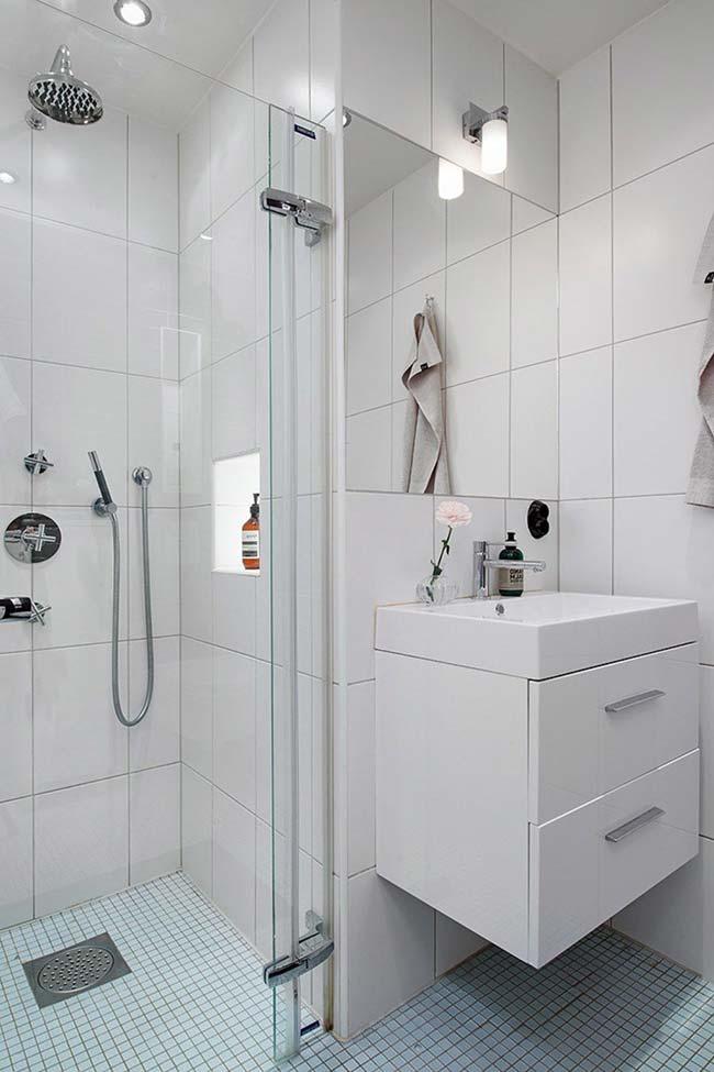 Iluminação do banheiro pequeno decorado