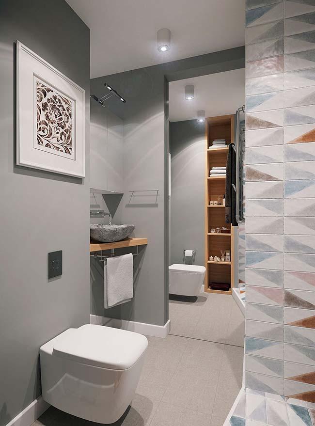 Banheiro pequeno decorado cinza
