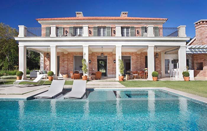 Uma casa ou um hotel?