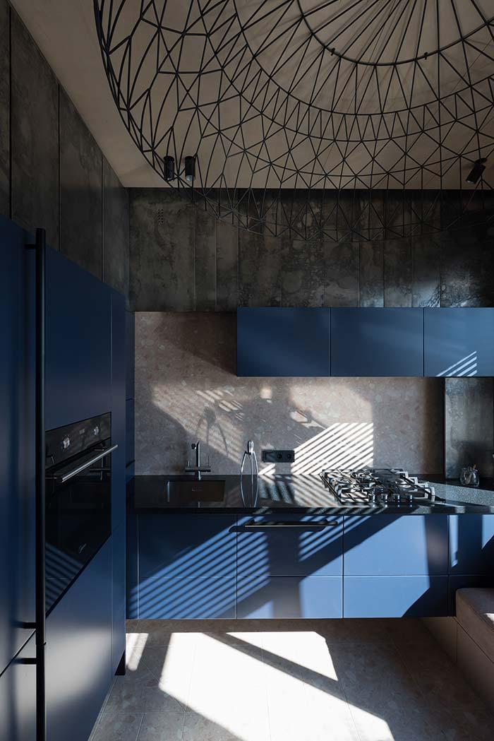 Cozinha moderna com granito Verde Ubatuba
