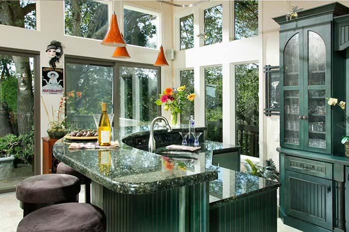 Cozinha com granito Verde Ubatuba
