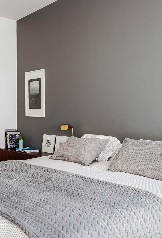 Cinza na decoração de quarto simples