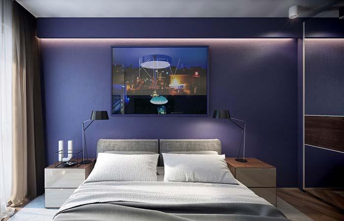 Cores para quarto com parede azul marinho