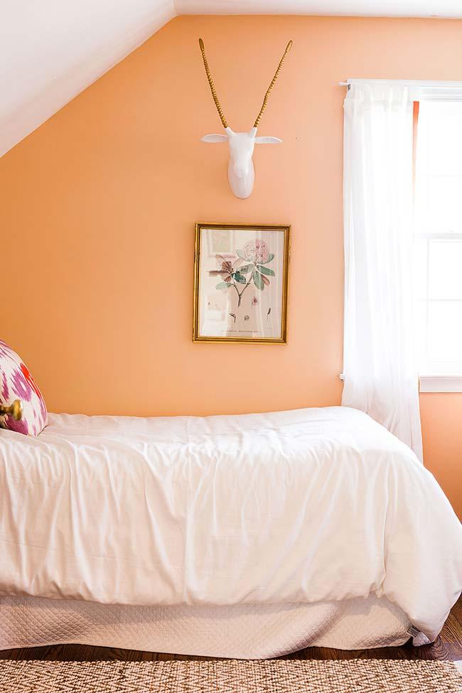 Cor pêssego na decoração do quarto
