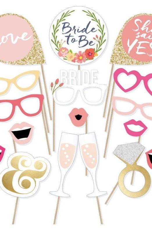 Plaquinhas para festa e máscaras para os convidados
