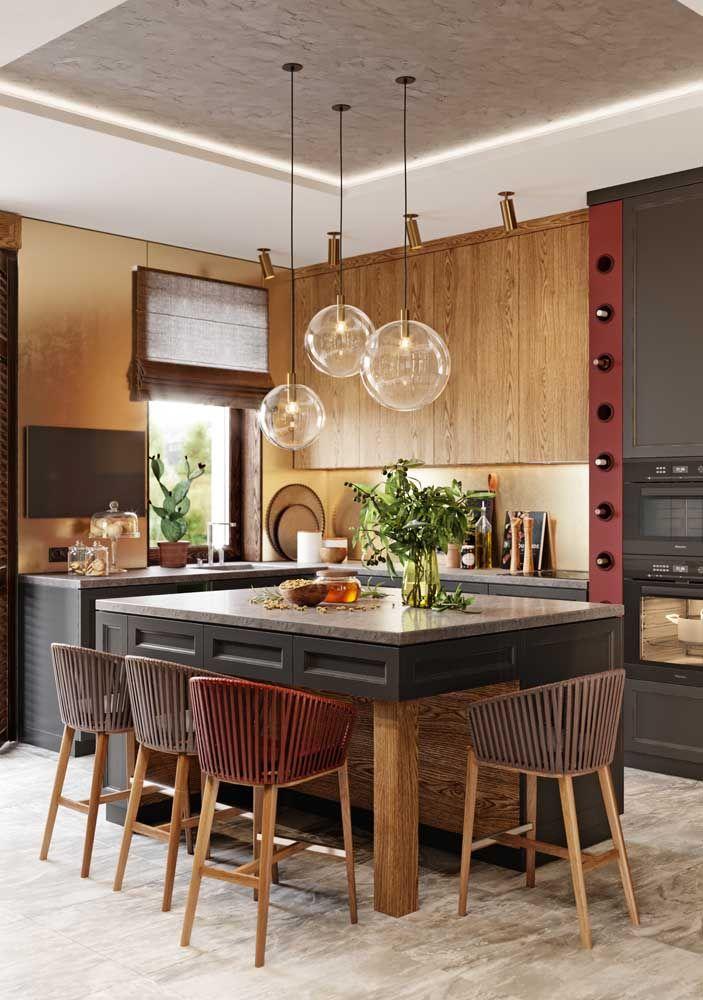 A cozinha rústica pode se transformar em um ambiente elegante e luxuoso acrescentando alguns itens na decoração