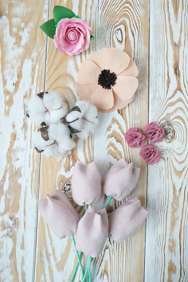 Flor de tecido com organza feltro e algodão