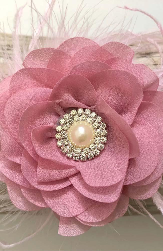 Flor de tecido mais chique para uma ocasião especial