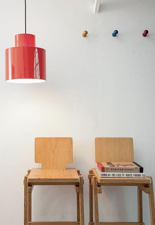Modelo de luminária de PVC simples