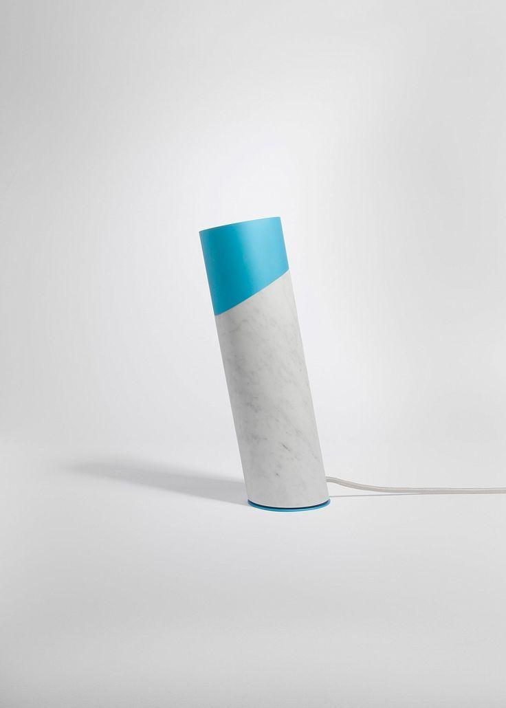 Luminária de PVC artesanal