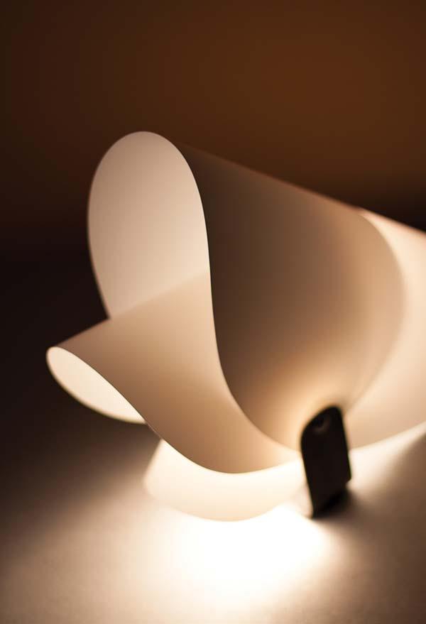 Luminária de PVC moldada