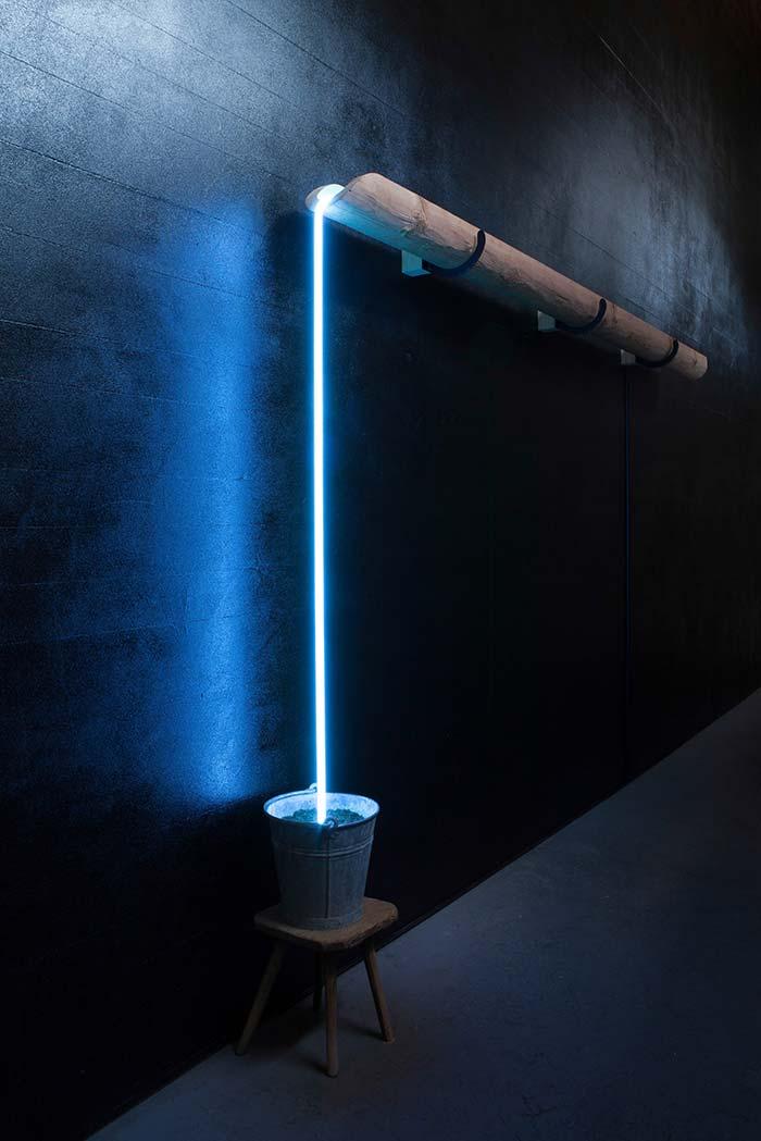 Efeito interessante na luminária de PVC