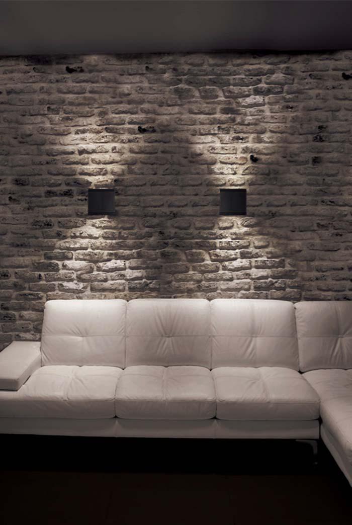 Luminária de PVC simples