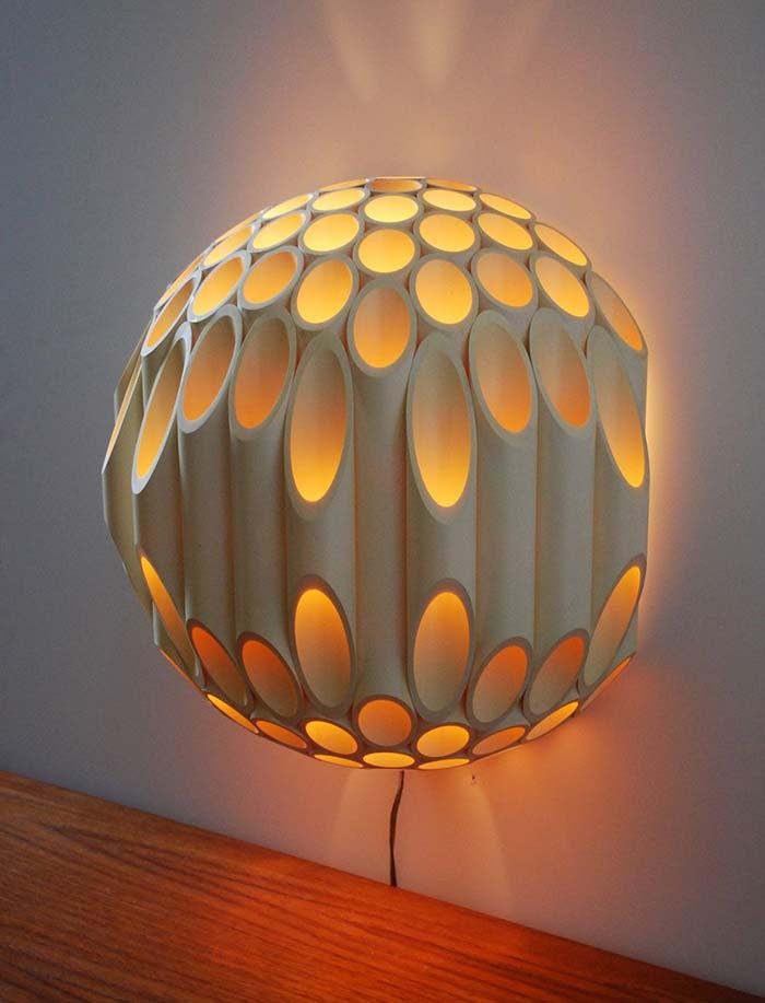 Modelo elaborado de luminária de PVC