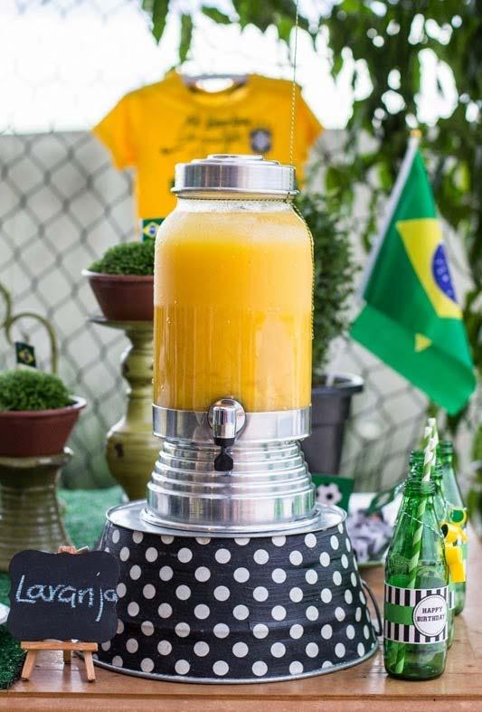 Suco de laranja para deixar a mesa nas cores da seleção canarinho