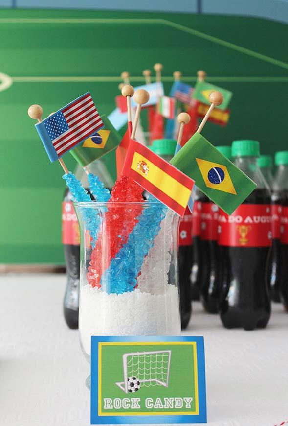 Bandeirinhas para a decoração de copa do mundo
