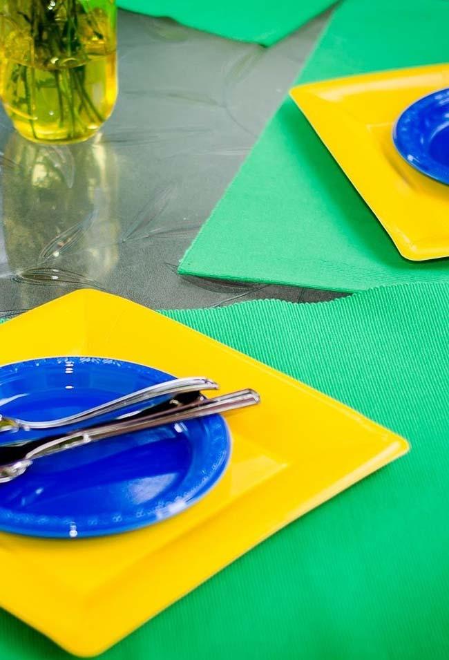 Bandeira do Brasil para decorar a mesa da festa Copa do Mundo