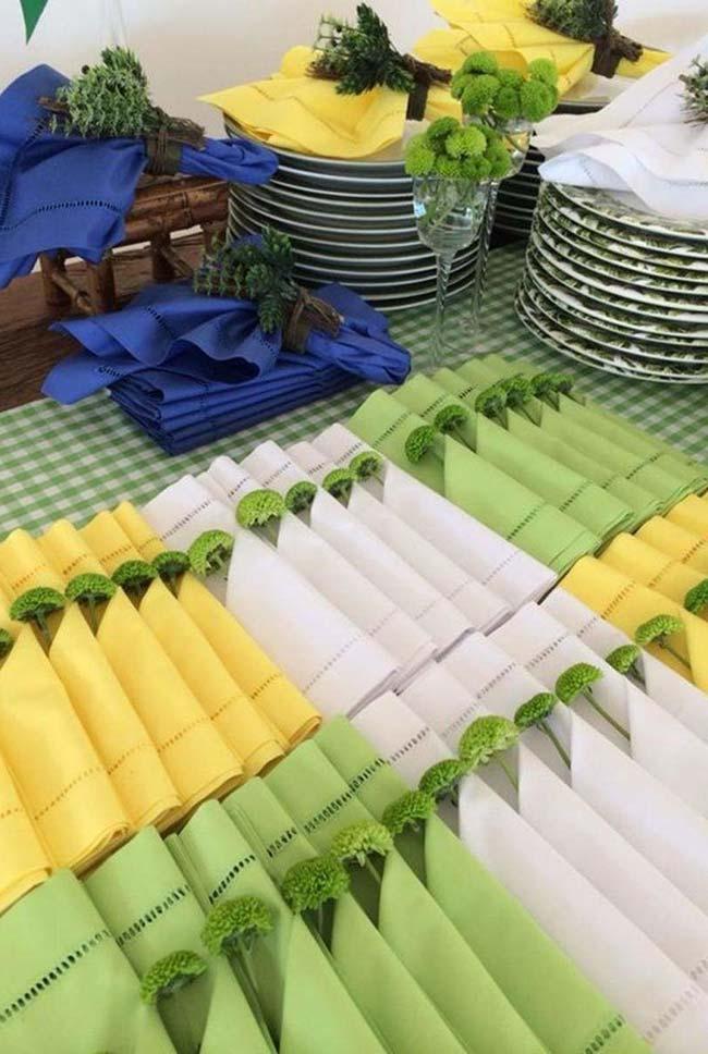Verde e amarelo na decoração de copa do mundo