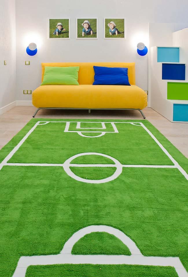 Campo de futebol dentro da sala