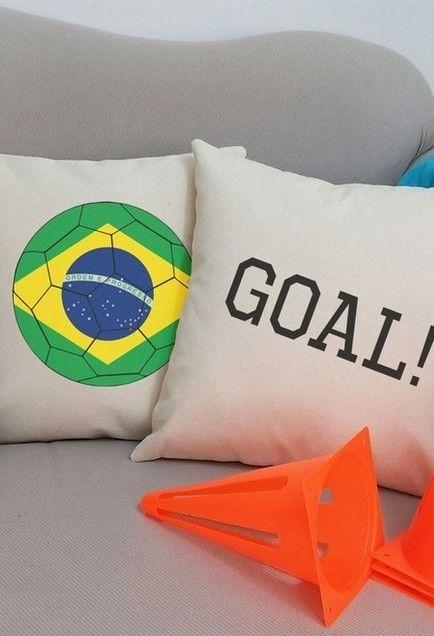 Capas de almofada para a decoração de copa do mundo