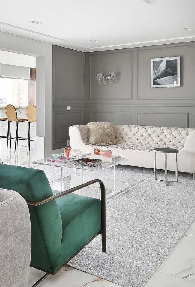 Cores modernas para objetos clássicos na decoração da sala