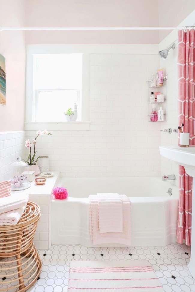 Jogo de banheiro com romantismo