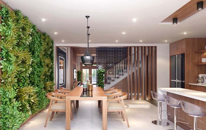 Espaço gourmet com jardim vertical
