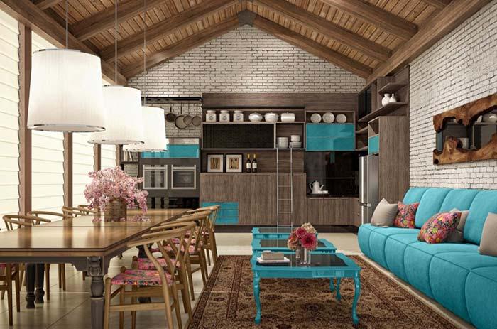 Espaço gourmet com decoração de influência clássica e rústica