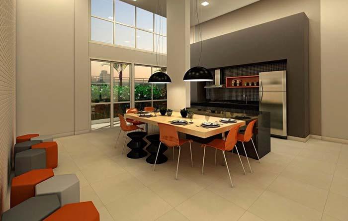 Preto e laranja são as cores escolhidas para compor esse projeto de espaço gourmet