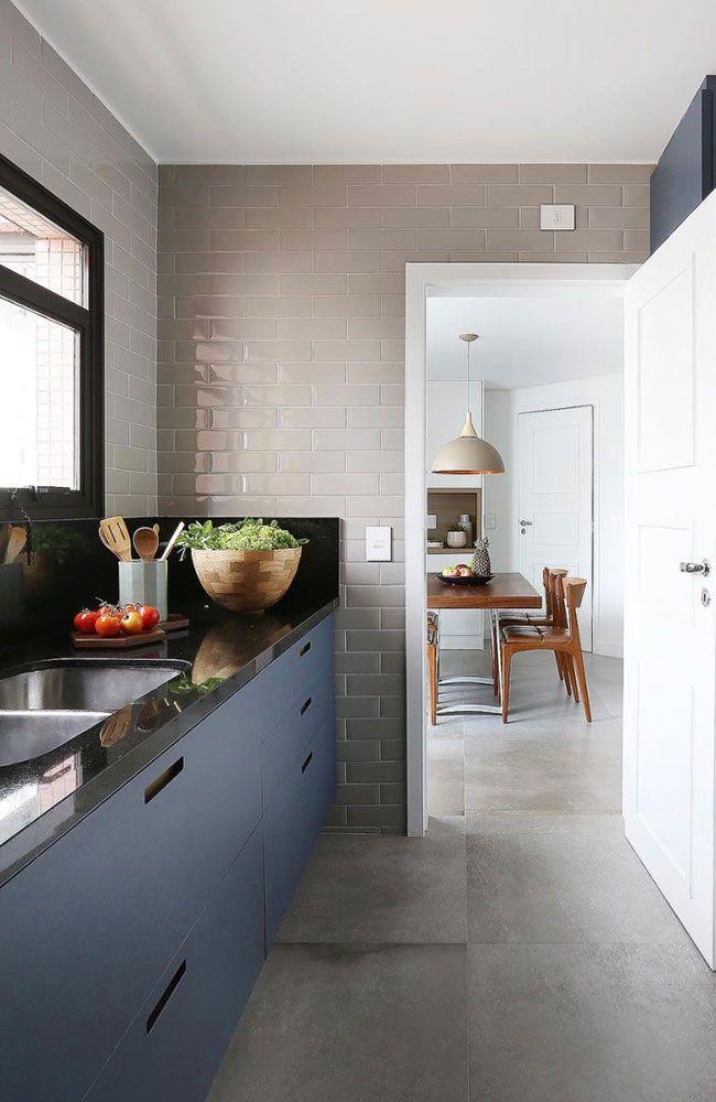 Cozinha simples com Granito Preto São Gabriel