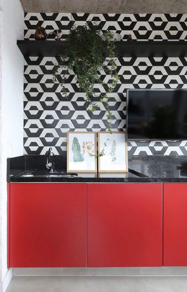 Cozinha cheia de personalidade com Granito Preto São Gabriel na bancada
