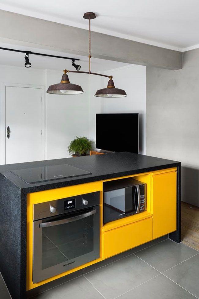 Ilha de cozinha com Granito Preto São Gabriel