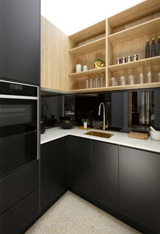 Cozinha preta feita por detalhes