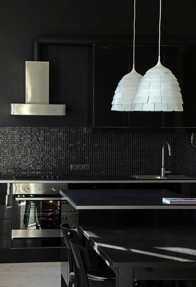 Aproveite a cor dos eletrodomésticos para ajudar a compor a decoração do ambiente