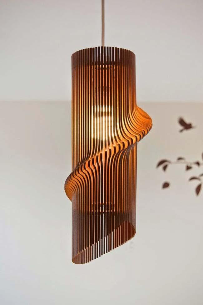 Luminária com ripas e efeito especial
