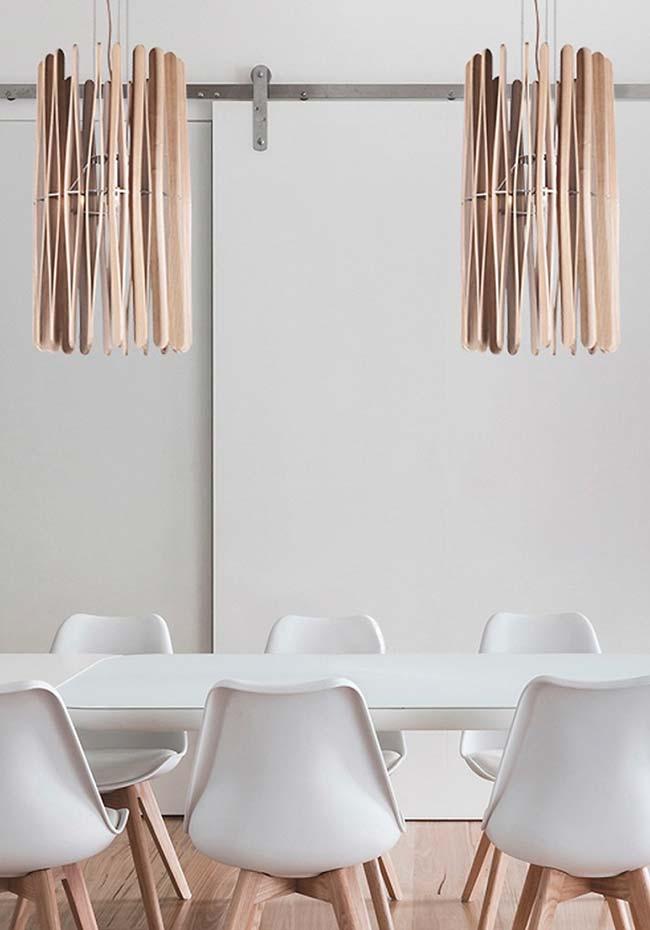Luminária em combinação com outros elementos do ambiente