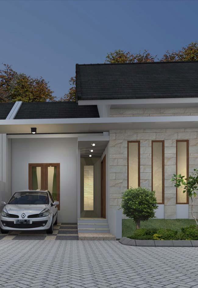 Casa pequena pintada de branco