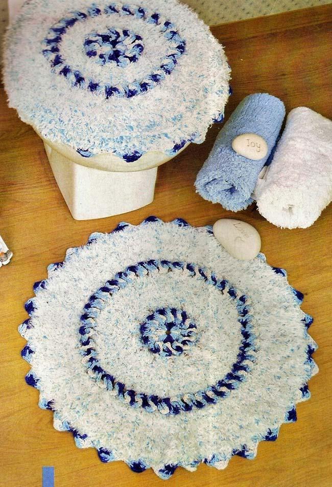 Barbante barroco deixou esse jogo de banheiro de crochê dual color felpudinho